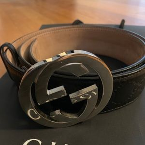 Black leather wide Gucci GG belt